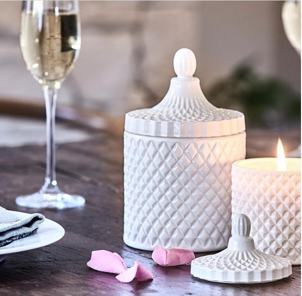 Large Geo Cut Glass Matte White R 7 Luxury Candle